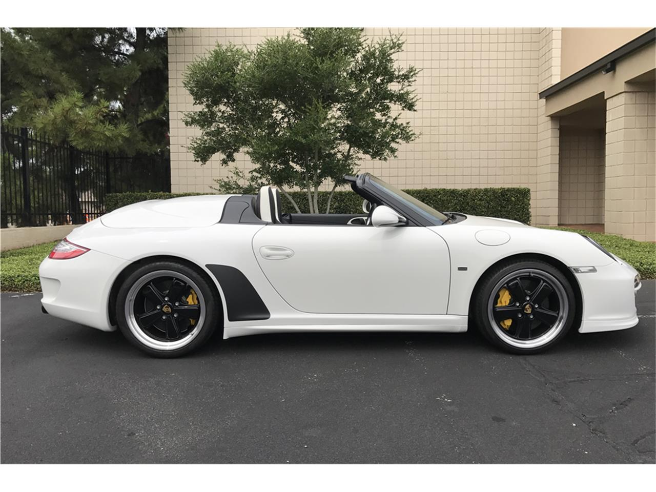 Large Picture of 2011 Porsche Speedster located in Las Vegas Nevada Offered by Barrett-Jackson - LWCJ