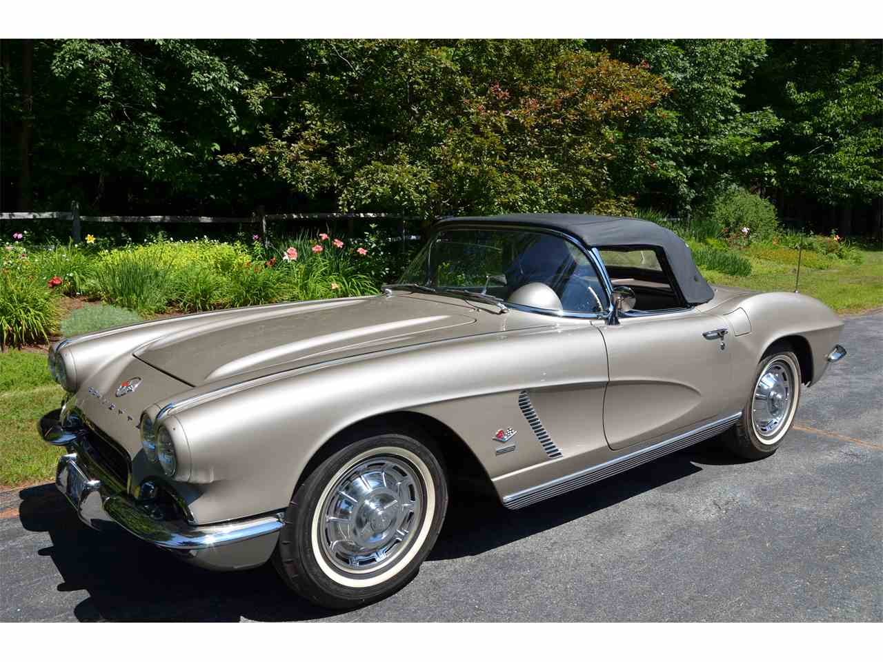 Large Picture of Classic 1962 Chevrolet Corvette Offered by a Private Seller - LWEM