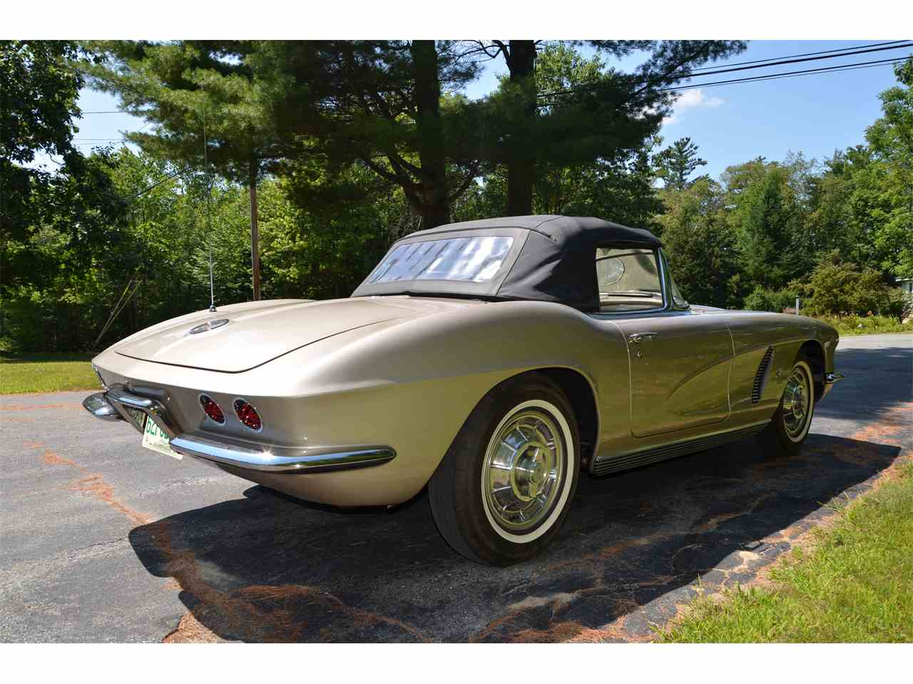Large Picture of Classic '62 Corvette - LWEM