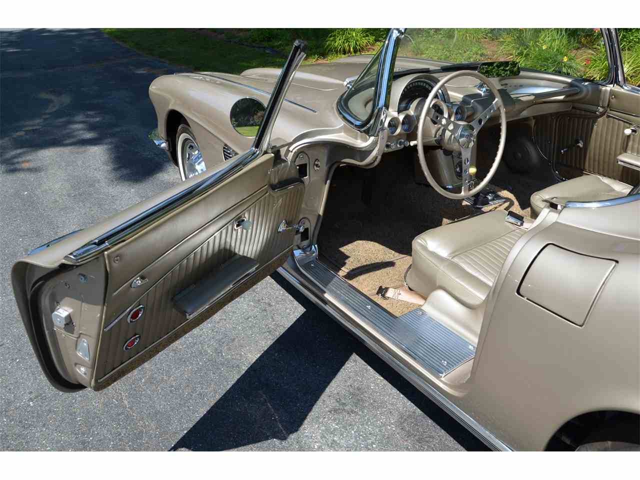 Large Picture of 1962 Corvette - $130,000.00 - LWEM