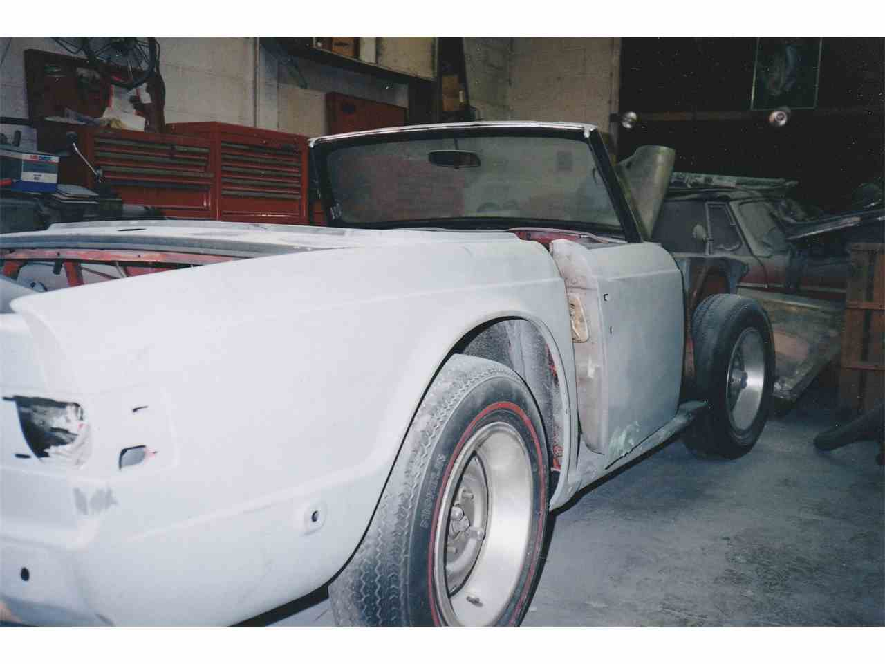 Large Picture of '74 TR6 - LWFI