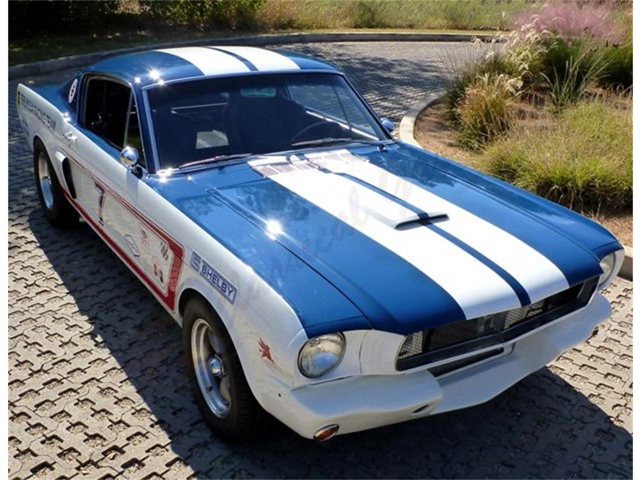Large Picture of '65 Mustang - LWG3