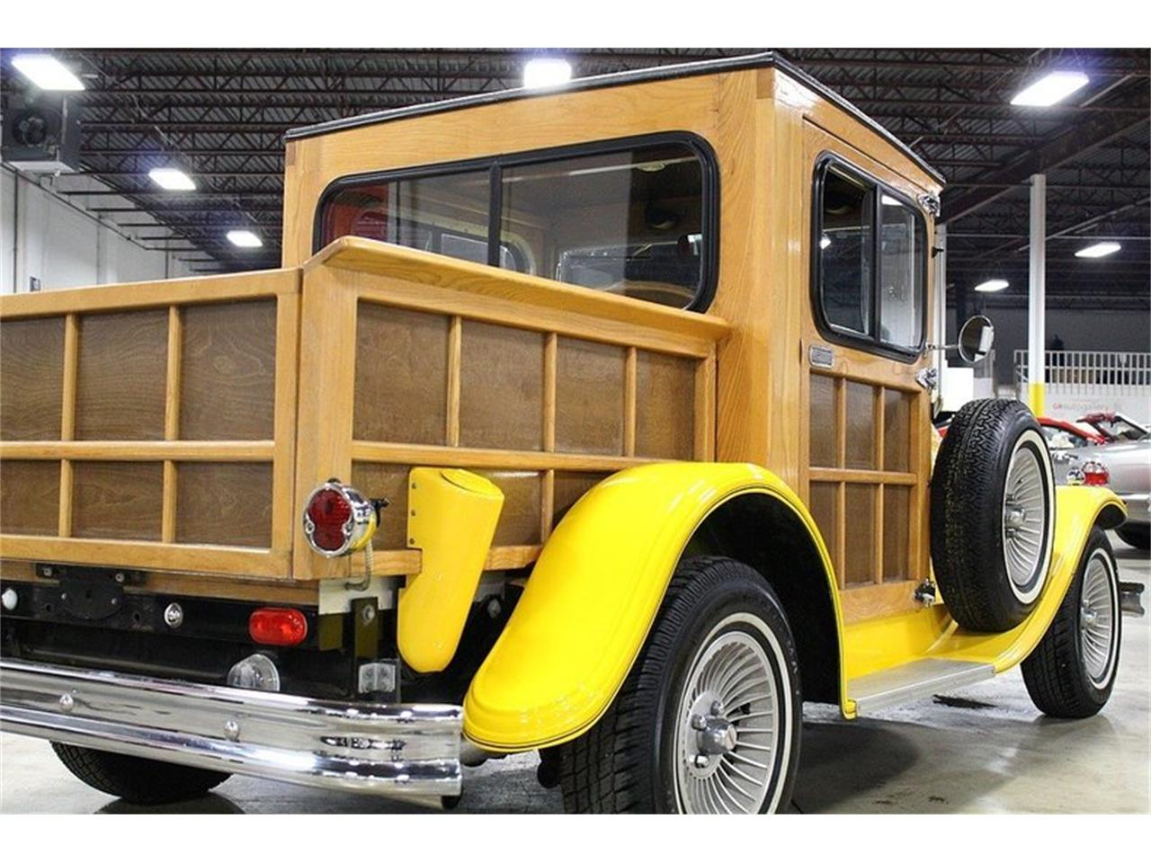 Large Picture of '76 Splinter Woody located in Kentwood Michigan Offered by GR Auto Gallery - LWGG