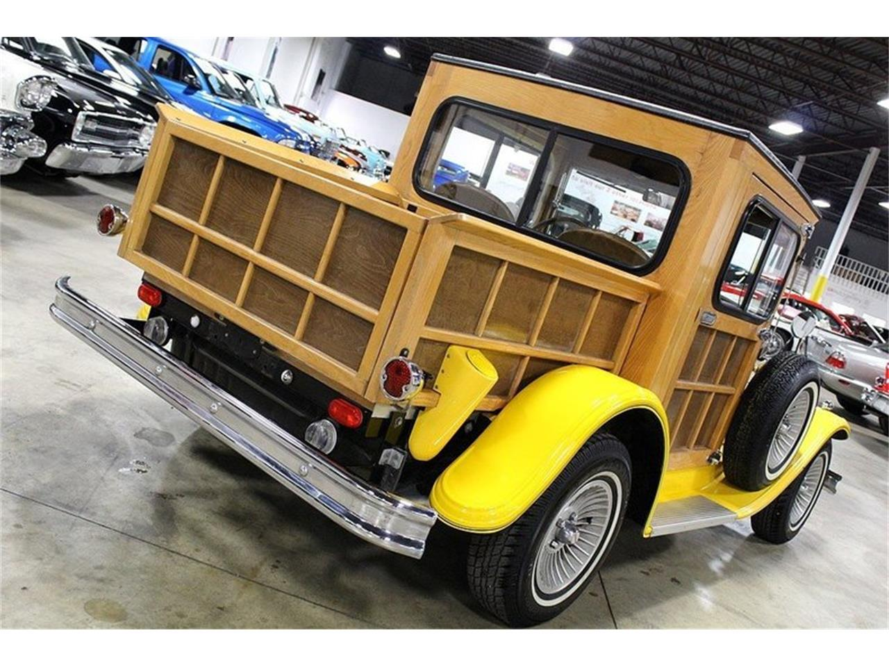 Large Picture of 1976 Splinter Woody - LWGG