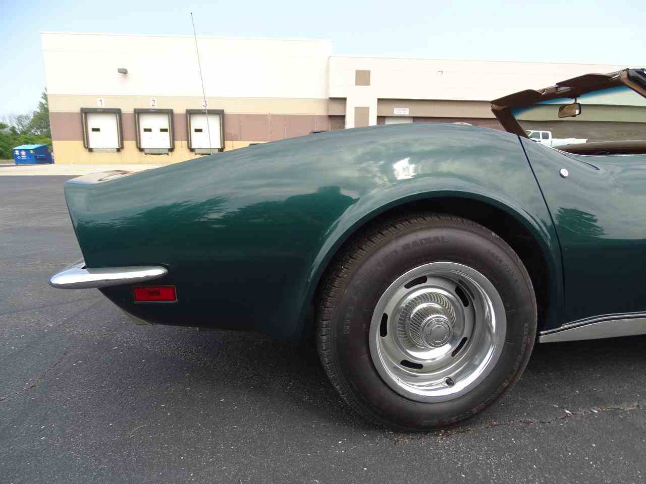 Large Picture of '71 Corvette - LWIG