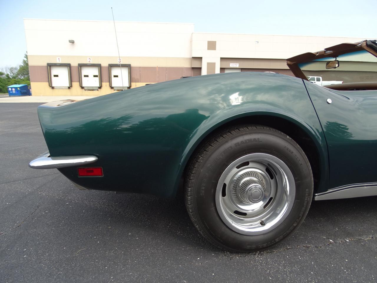 Large Picture of '71 Chevrolet Corvette located in Illinois - LWIG