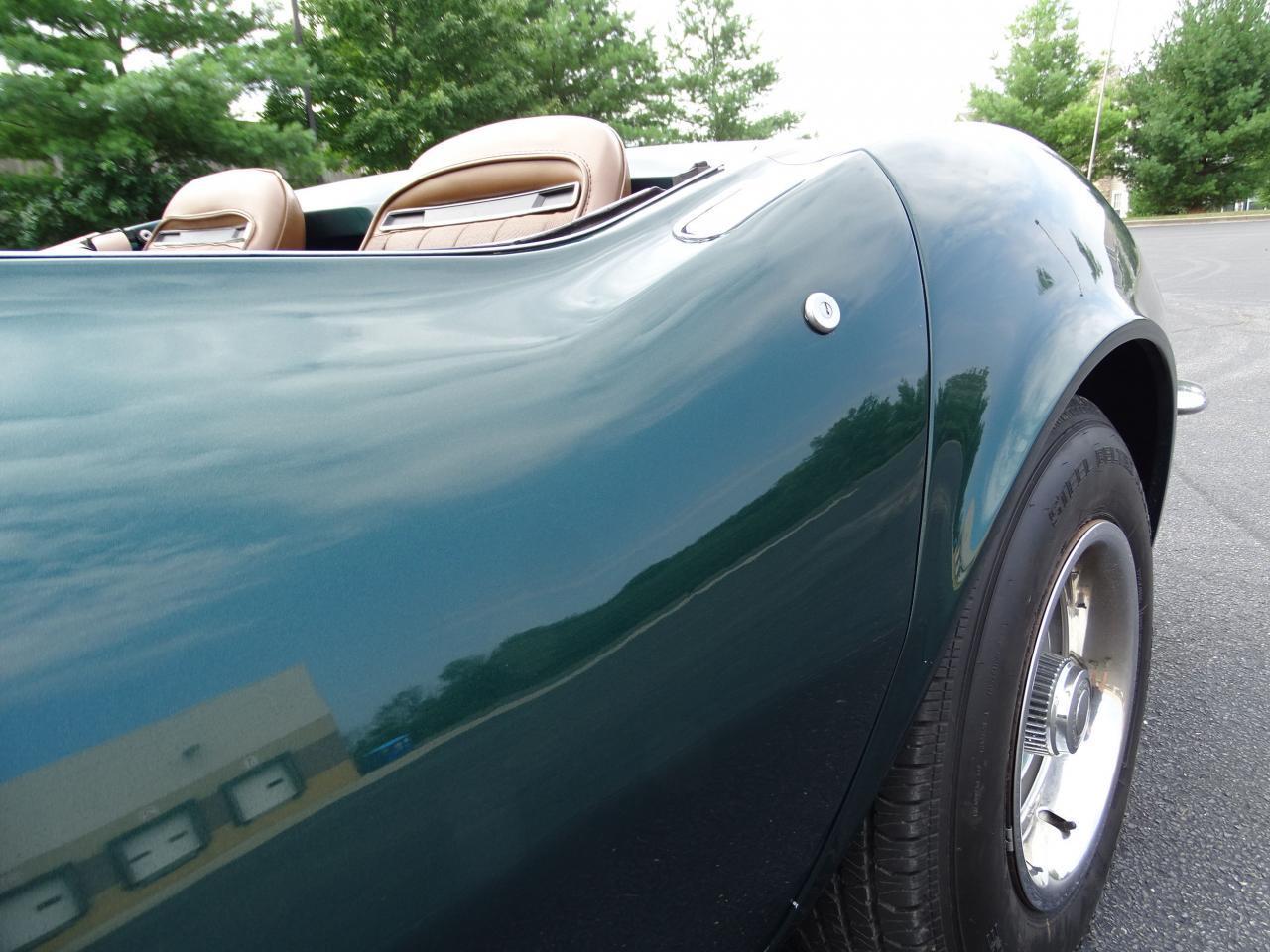 Large Picture of Classic 1971 Chevrolet Corvette located in O'Fallon Illinois - $29,595.00 - LWIG