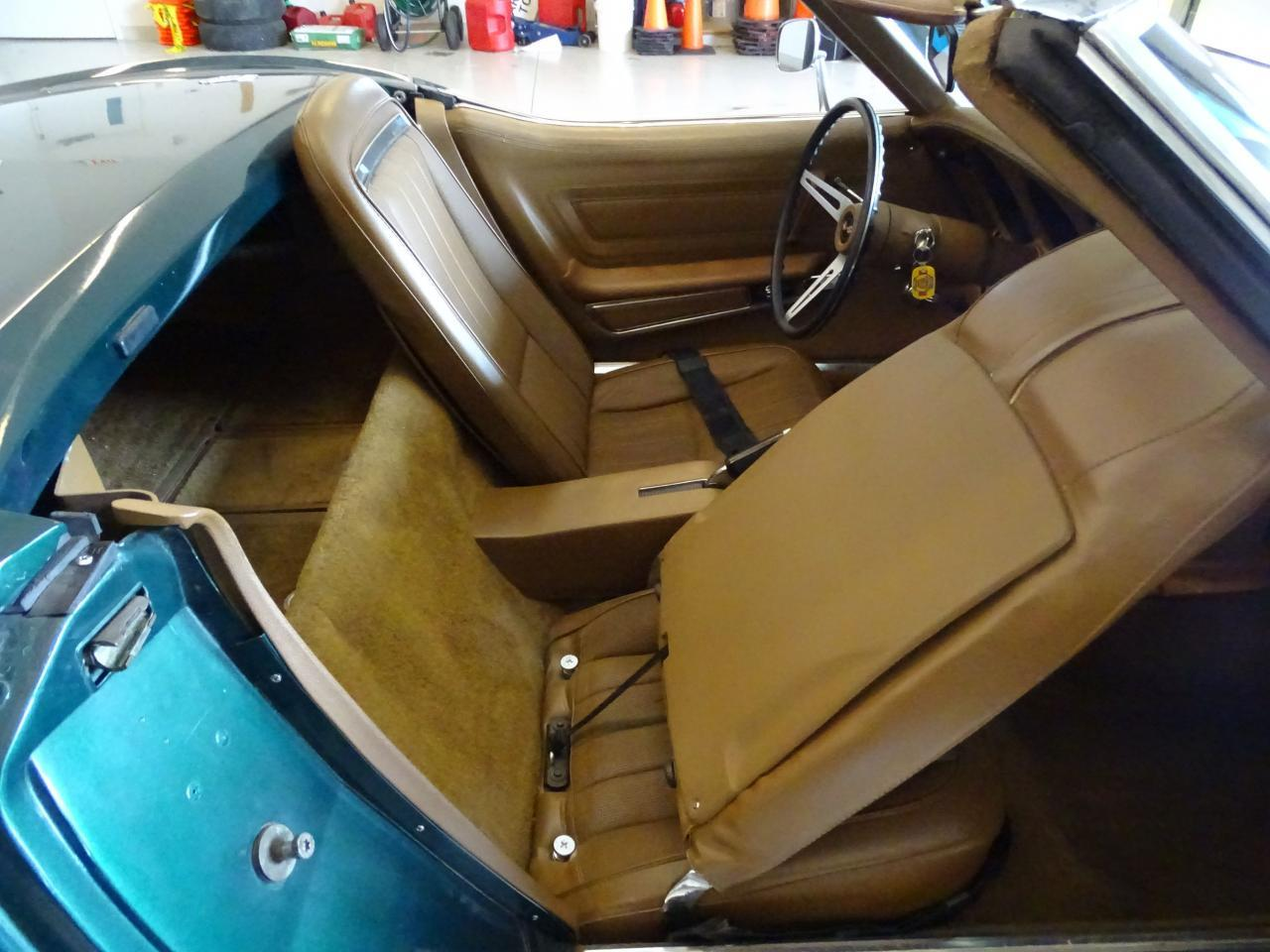 Large Picture of '71 Corvette located in Illinois Offered by Gateway Classic Cars - St. Louis - LWIG