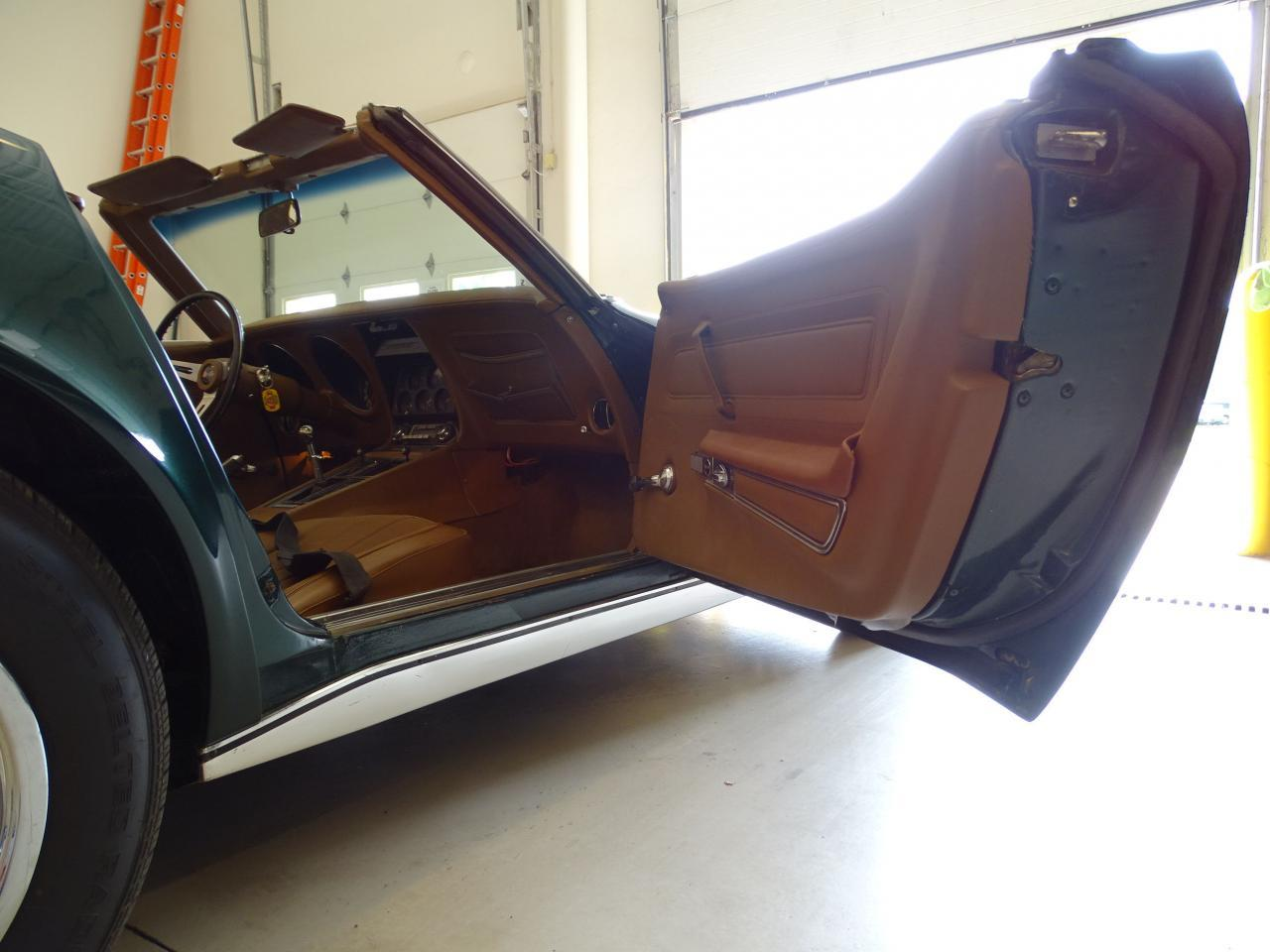 Large Picture of 1971 Corvette located in Illinois - $29,595.00 Offered by Gateway Classic Cars - St. Louis - LWIG