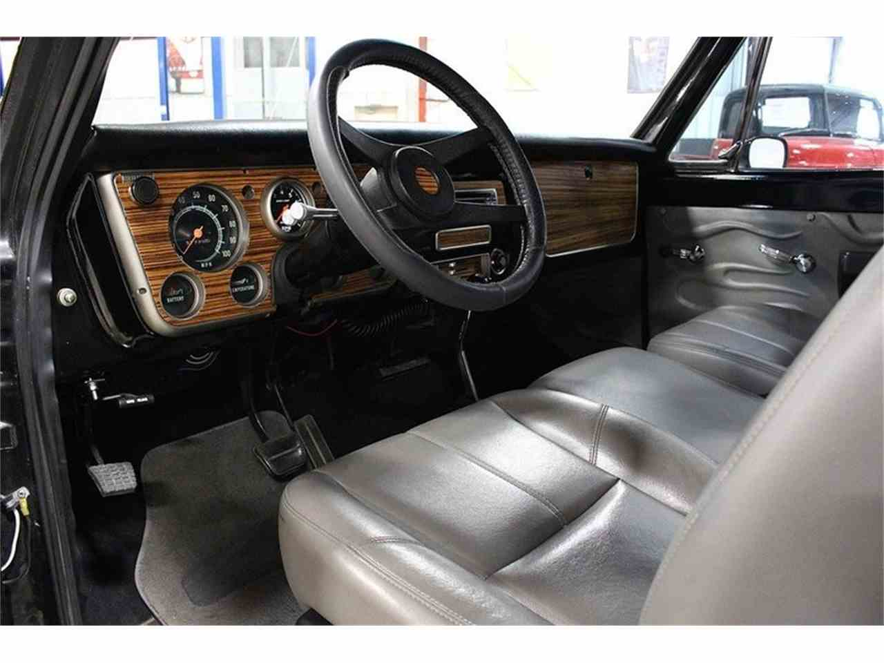 Large Picture of 1969 C10 located in Kentwood Michigan Offered by GR Auto Gallery - LV6Q