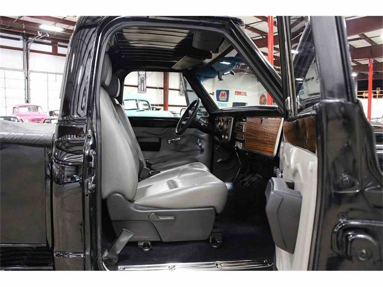 Large Picture of Classic 1969 Chevrolet C10 located in Kentwood Michigan - $19,900.00 - LV6Q