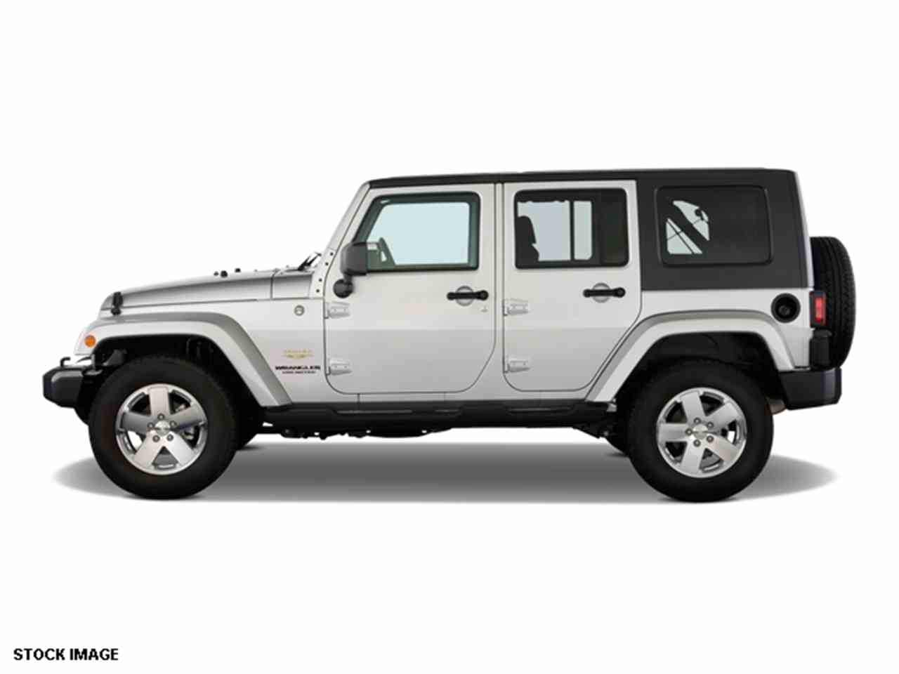 Large Picture of '09 Jeep Wrangler located in Ohio - $17,000.00 Offered by Cincinnati Auto Wholesale - LWMR
