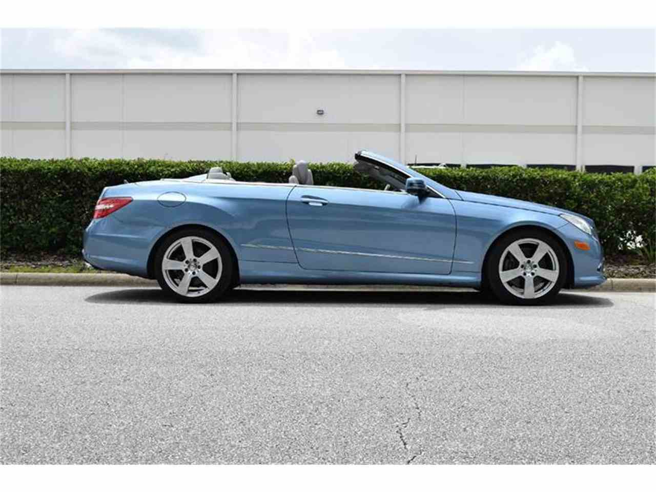 Large Picture of 2011 Mercedes-Benz E-Class located in Florida Offered by Orlando Classic Cars - LWP3