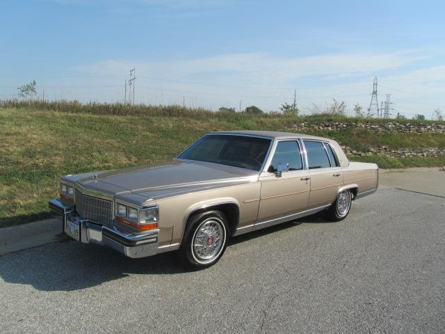 Picture of '86 Fleetwood Brougham - LWTN