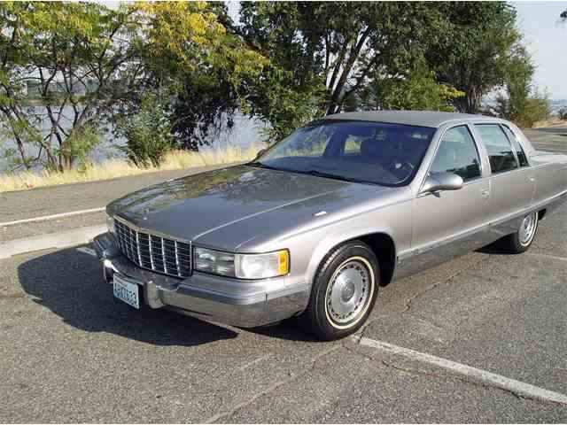 Picture of '95 Fleetwood Brougham - LWV9