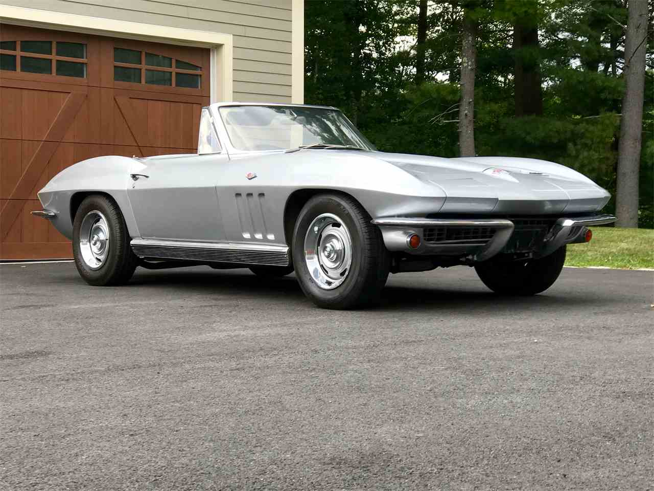 Large Picture of '66 Corvette - LV97