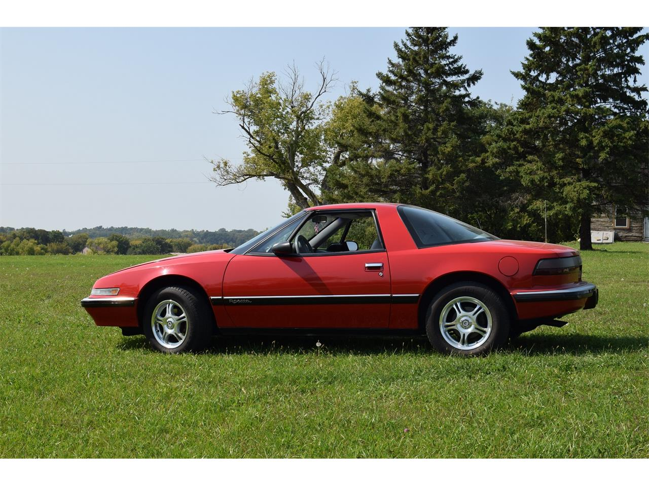 Large Picture of 1990 Buick Reatta Offered by Hooked On Classics - LV9B