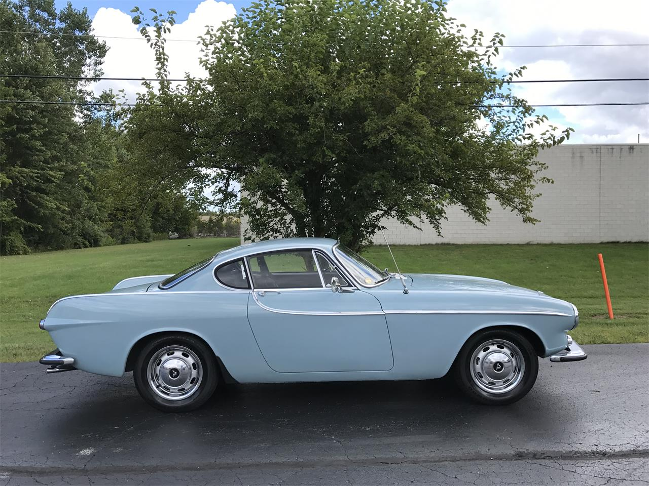 Large Picture of Classic '66 Volvo 1800S located in Ohio Offered by Central Classic Cars - LXGI