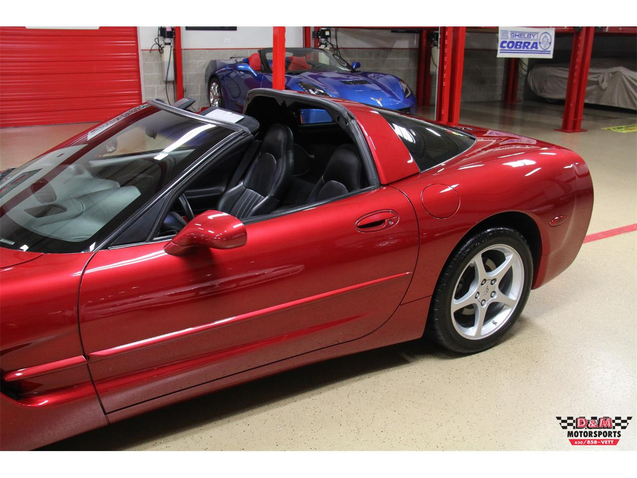 Large Picture of '00 Chevrolet Corvette located in Illinois - $15,995.00 - LVA3