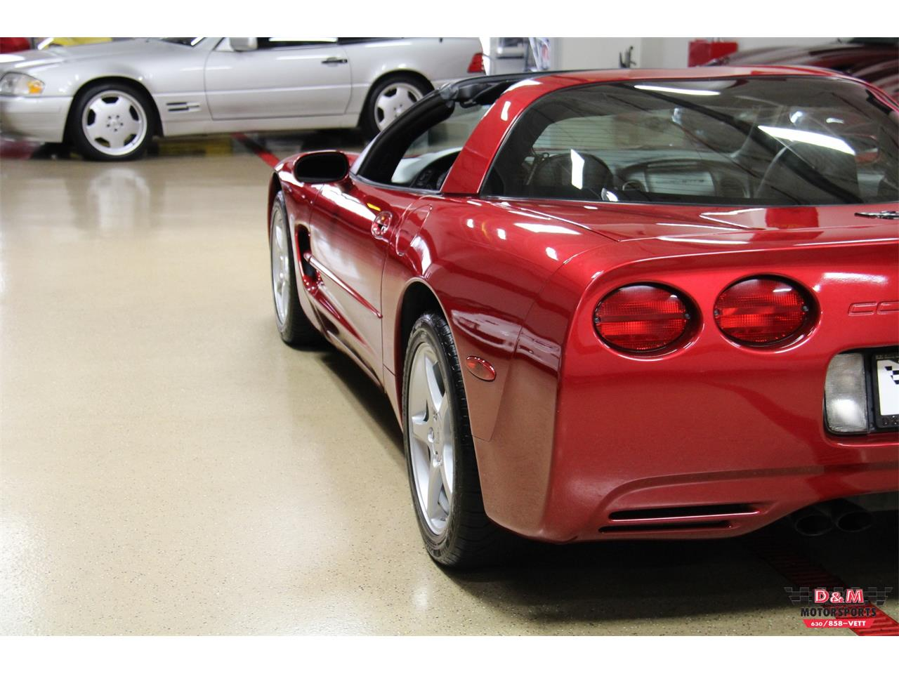 Large Picture of '00 Corvette located in Illinois Offered by D & M Motorsports - LVA3