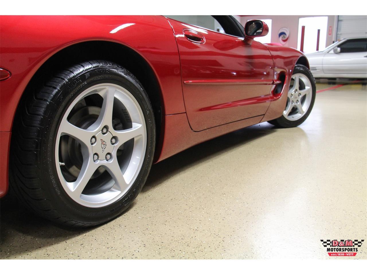 Large Picture of '00 Corvette located in Glen Ellyn Illinois - LVA3