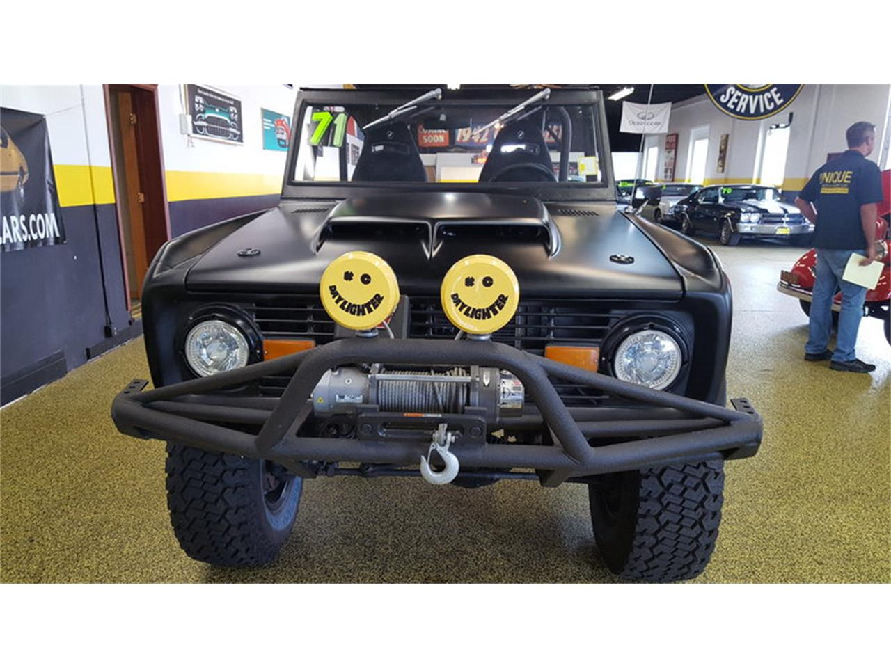 Large Picture of '71 Bronco    4x4 - LV2B