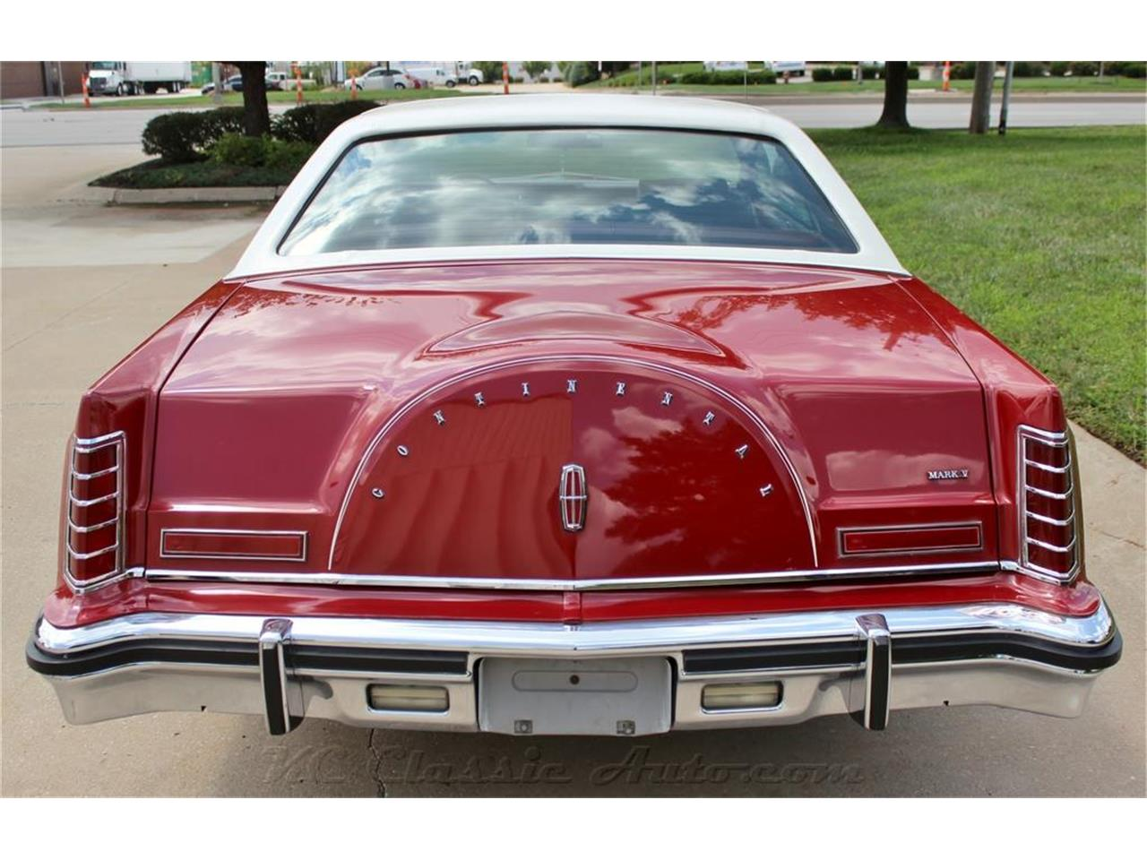 Large Picture of '79 Mark V located in Lenexa Kansas - $14,900.00 Offered by KC Classic Auto - LXSJ