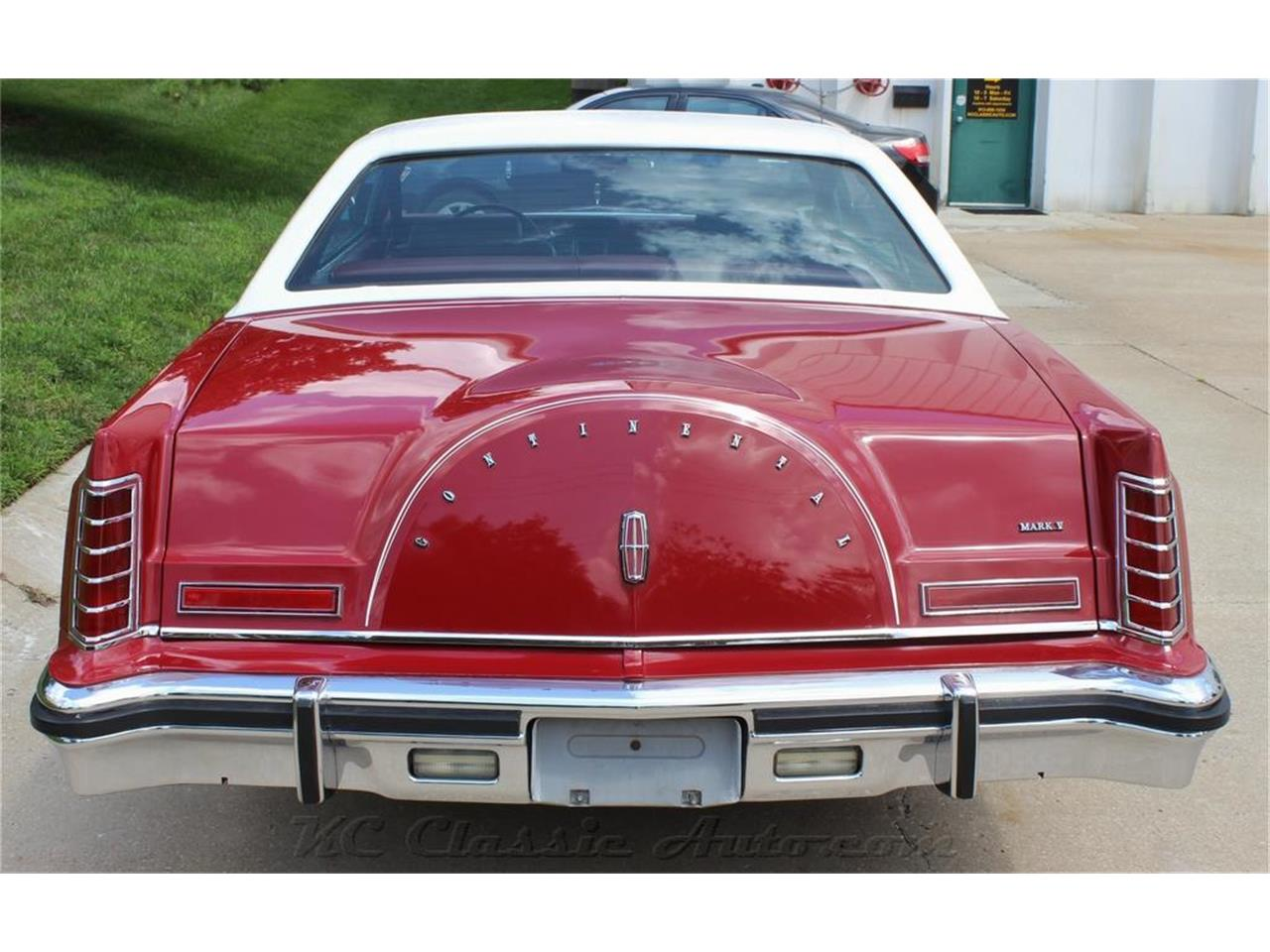 Large Picture of 1979 Lincoln Mark V located in Lenexa Kansas Offered by KC Classic Auto - LXSJ