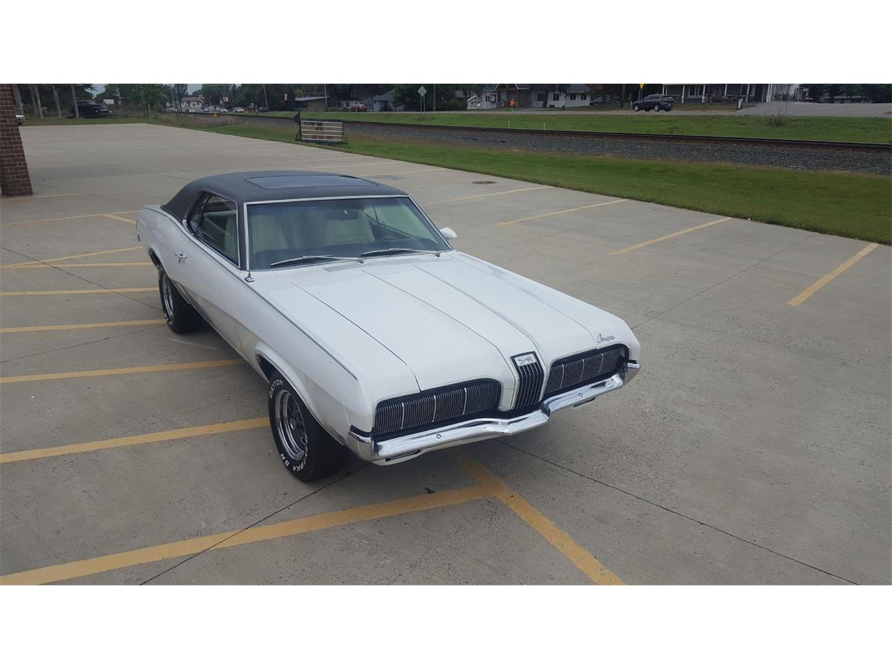 Large Picture of '70 Cougar - LVCI