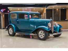 Picture of '32 Tudor Sedan Street Rod - LVCJ