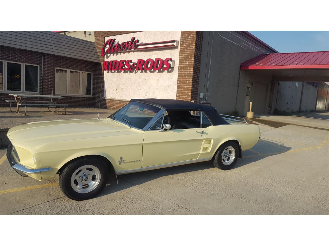 Large Picture of '67 Mustang - LVCK
