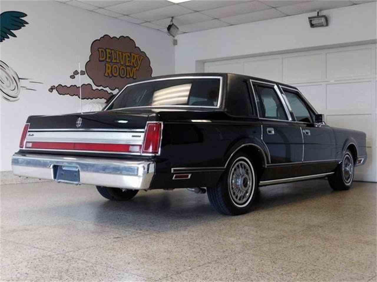 1988 Lincoln Town Car for Sale | ClicCars.com | CC-1024133