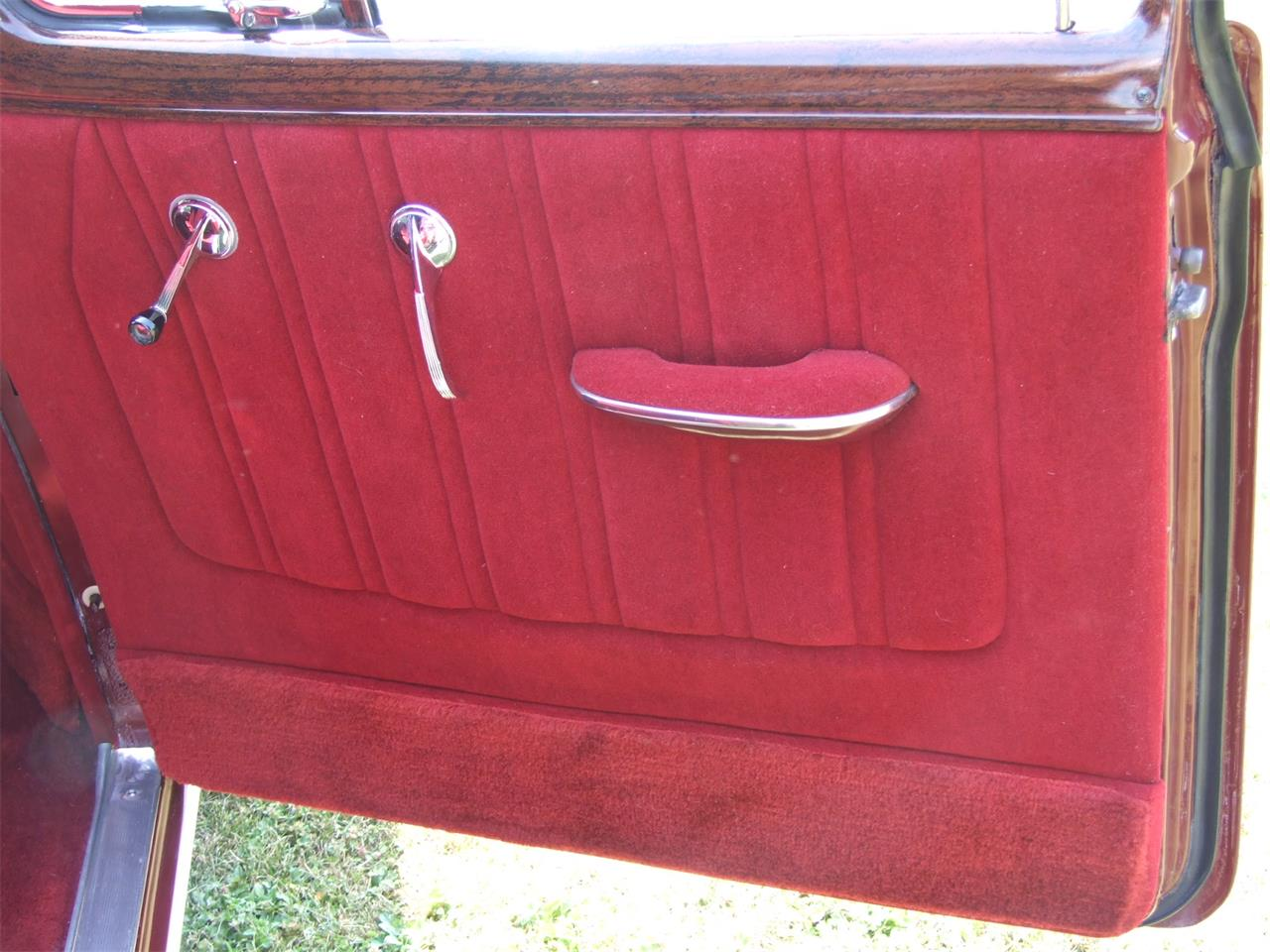 Large Picture of '52 Sedan Delivery - $24,900.00 - LYA2
