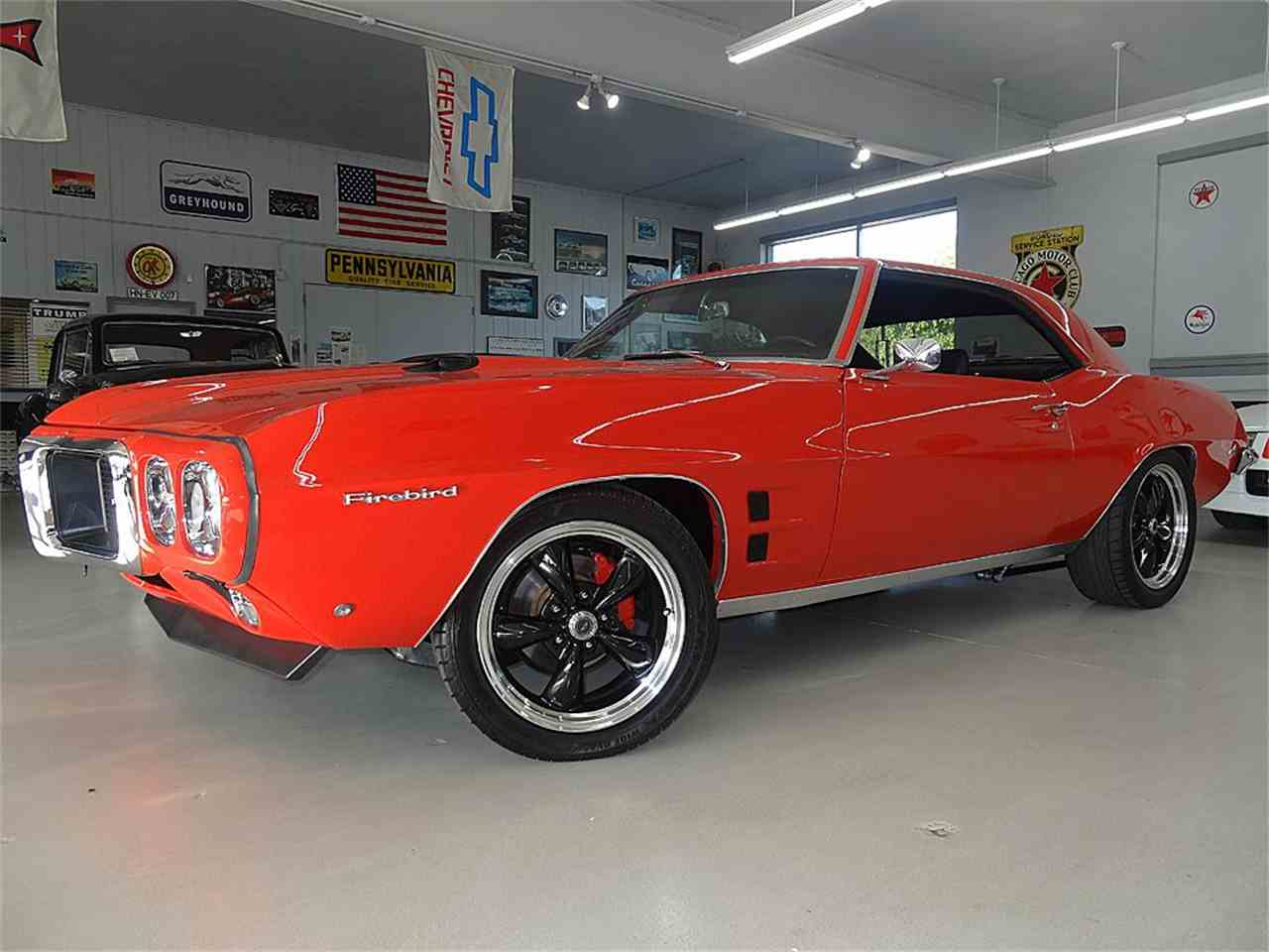 Large Picture of 1969 Pontiac Firebird located in Iowa - $59,900.00 Offered by Veit's Vettes And Collector Cars - LYHC