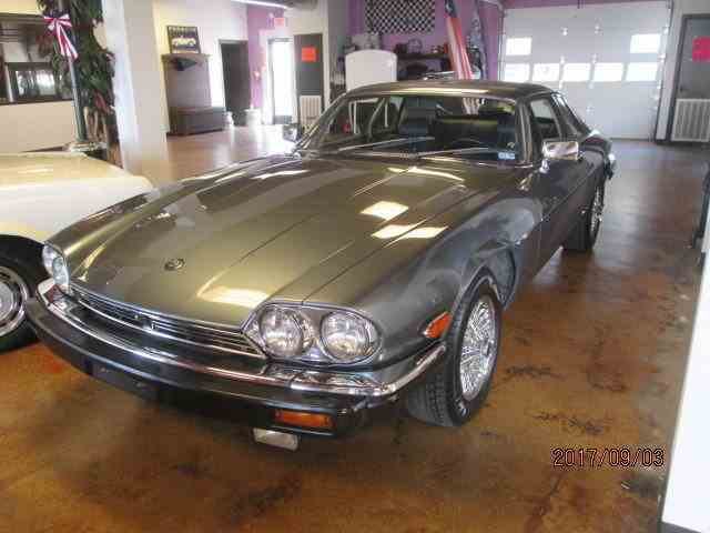 Picture of '86 Jaguar XJS located in Conroe Texas - LYM8