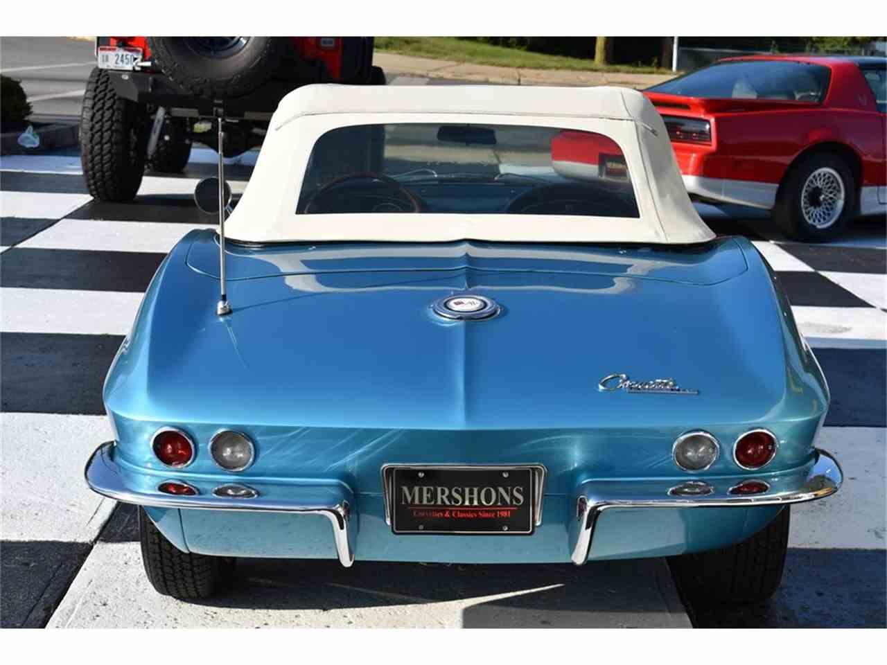 Large Picture of '65 Corvette - LVF3