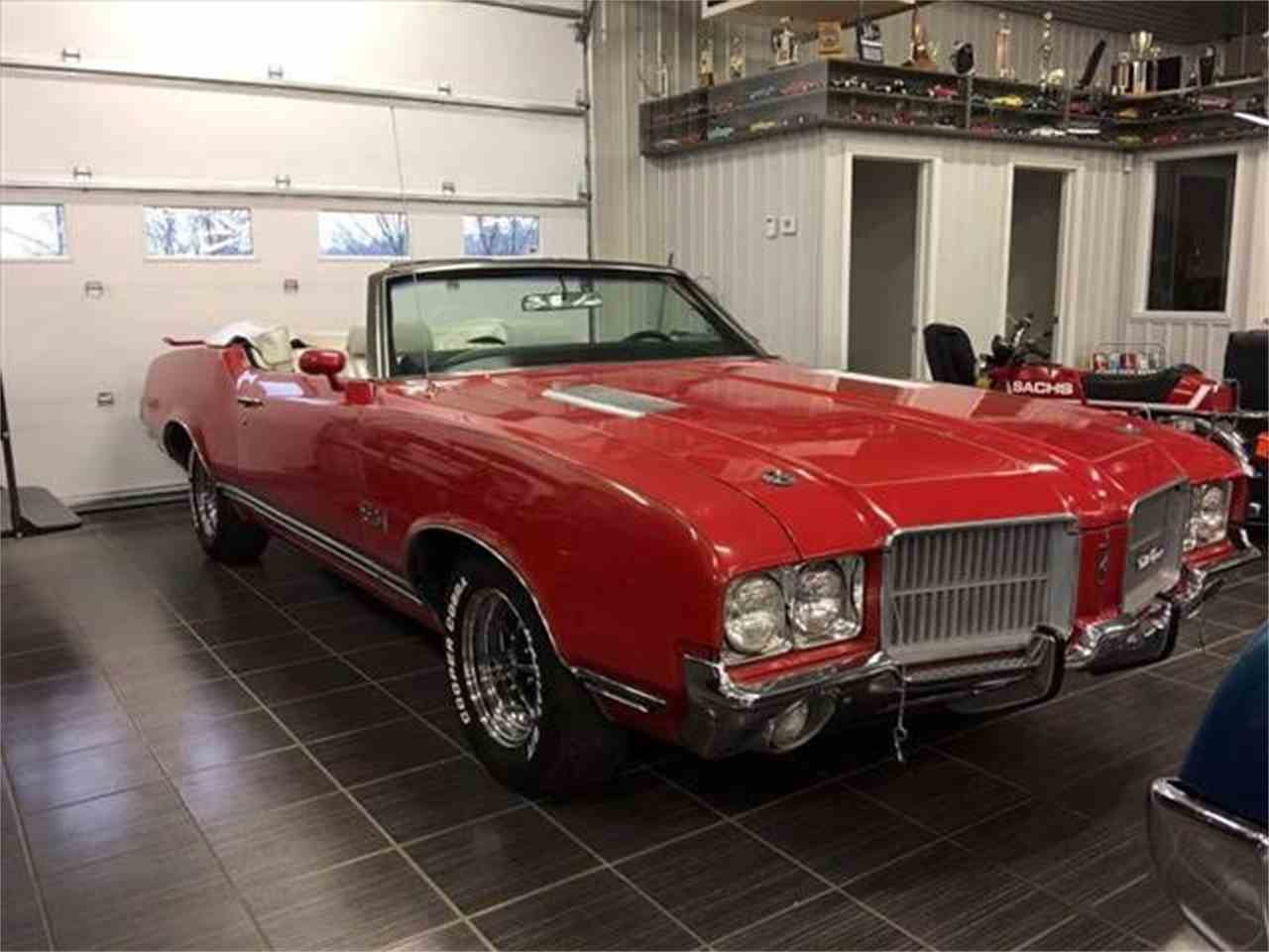 Large Picture of '71 Cutlass - LVFI