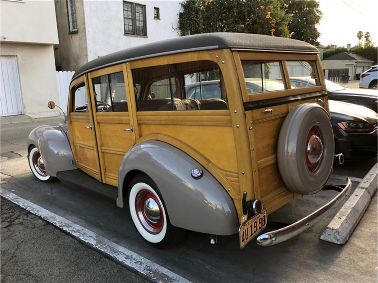 Large Picture of '40 Ford Deluxe - $129,995.00 - LVGZ