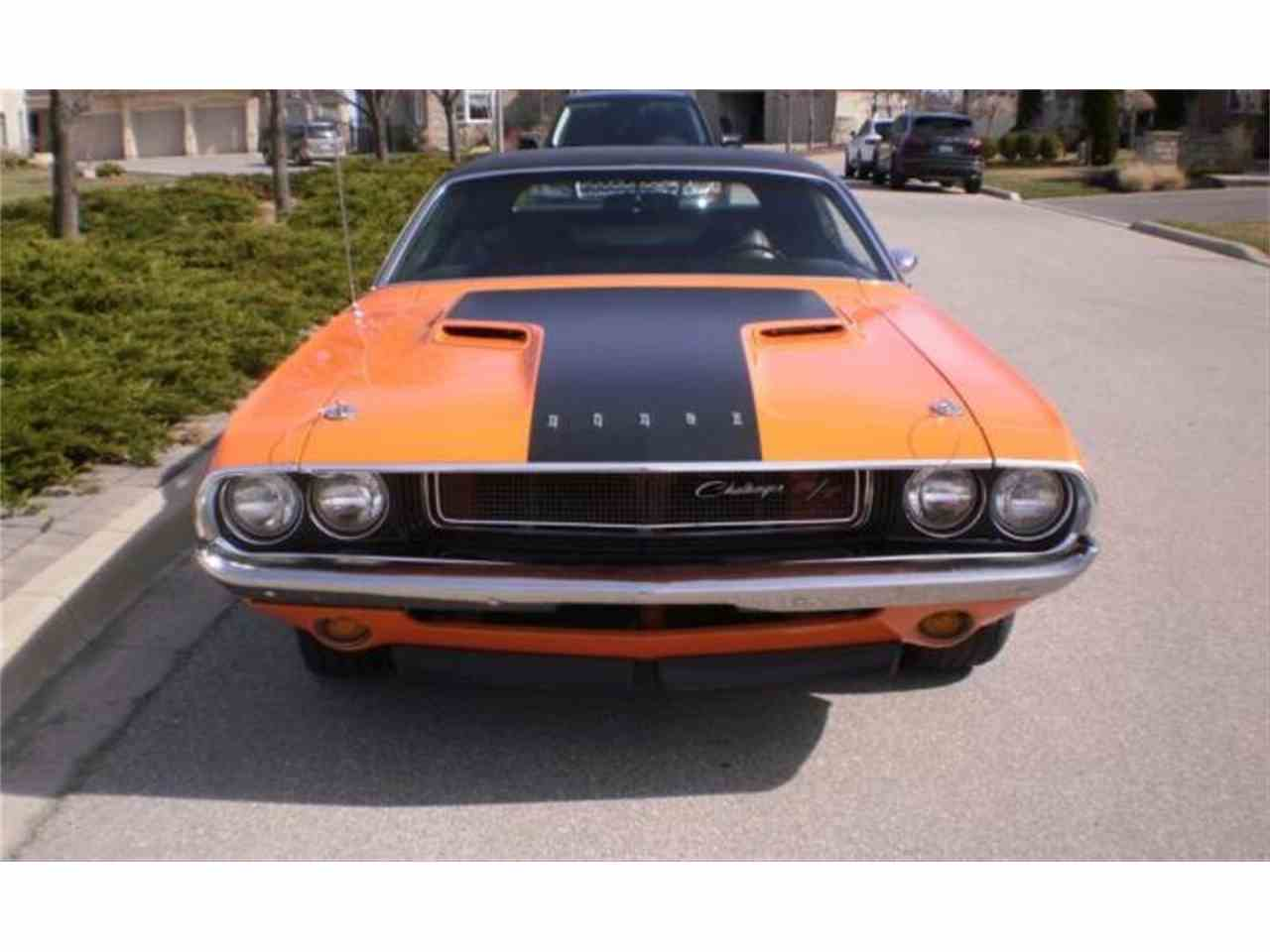 Large Picture of '70 Challenger - LVH5