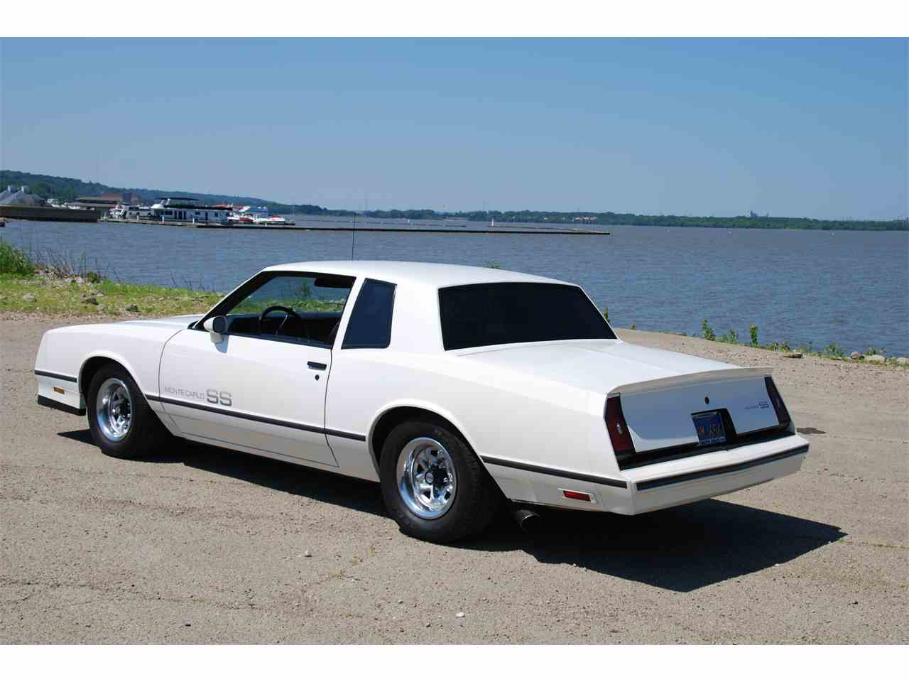 Large Picture of '83 Chevrolet Monte Carlo SS located in East Peoria Illinois - LVHX
