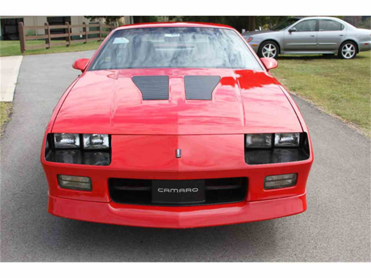 1990 chevrolet camaro iroc z 1le for sale cc 1020062. Black Bedroom Furniture Sets. Home Design Ideas