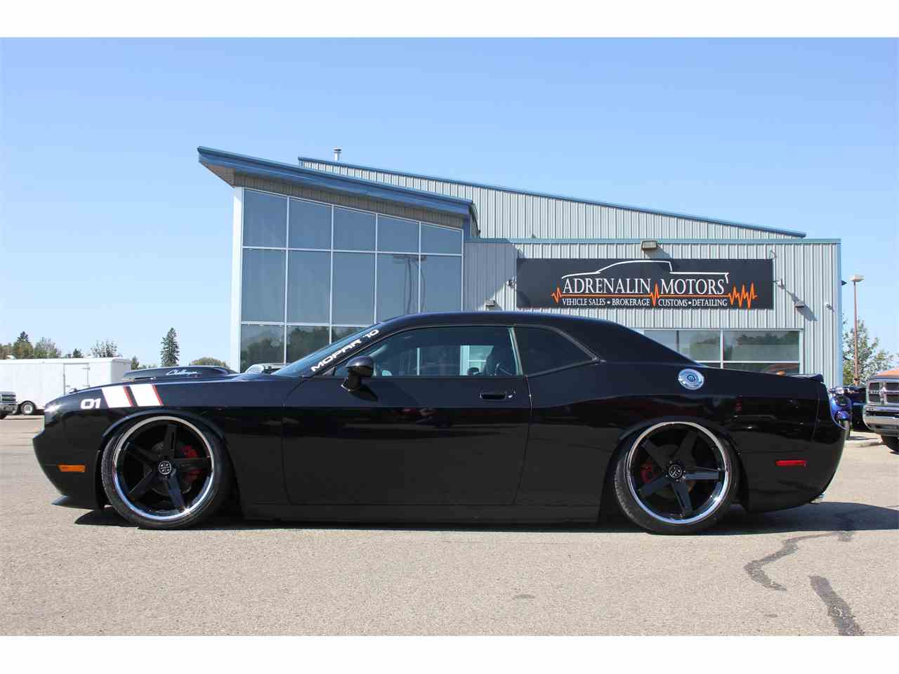 Large Picture of '10 Challenger R/T - LVIK