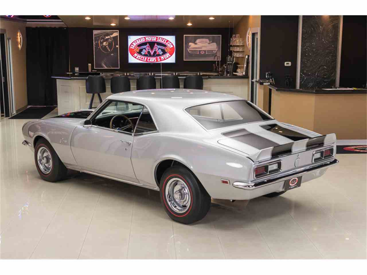 Large Picture of 1968 Camaro - LV33