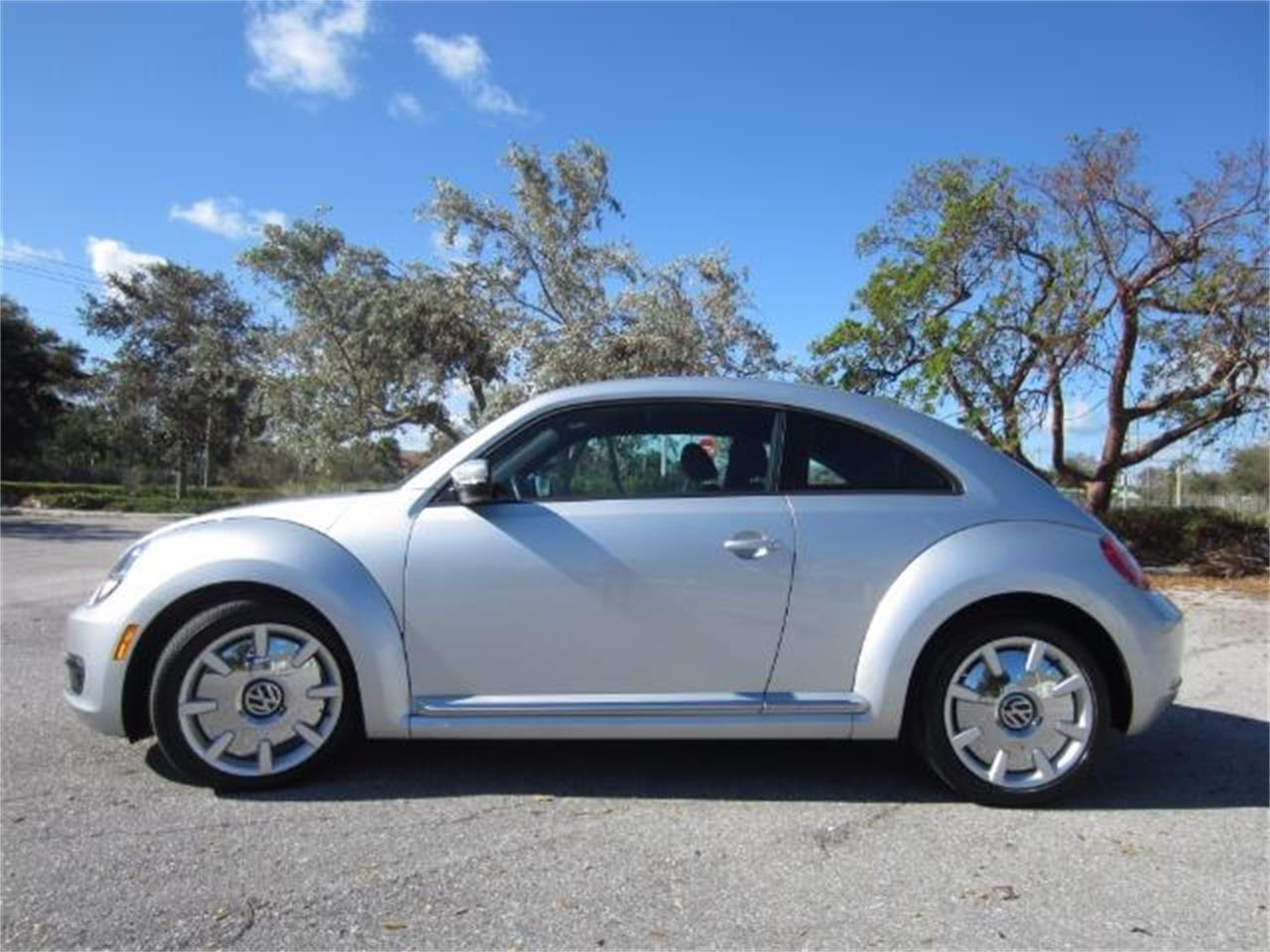 2012 Volkswagen Beetle For Sale Classiccars Com Cc 1026664