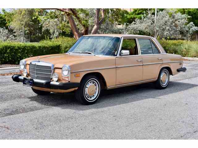 Picture of 1975 Mercedes-Benz 300D Auction Vehicle Offered by Pedigree Motorcars - M09N