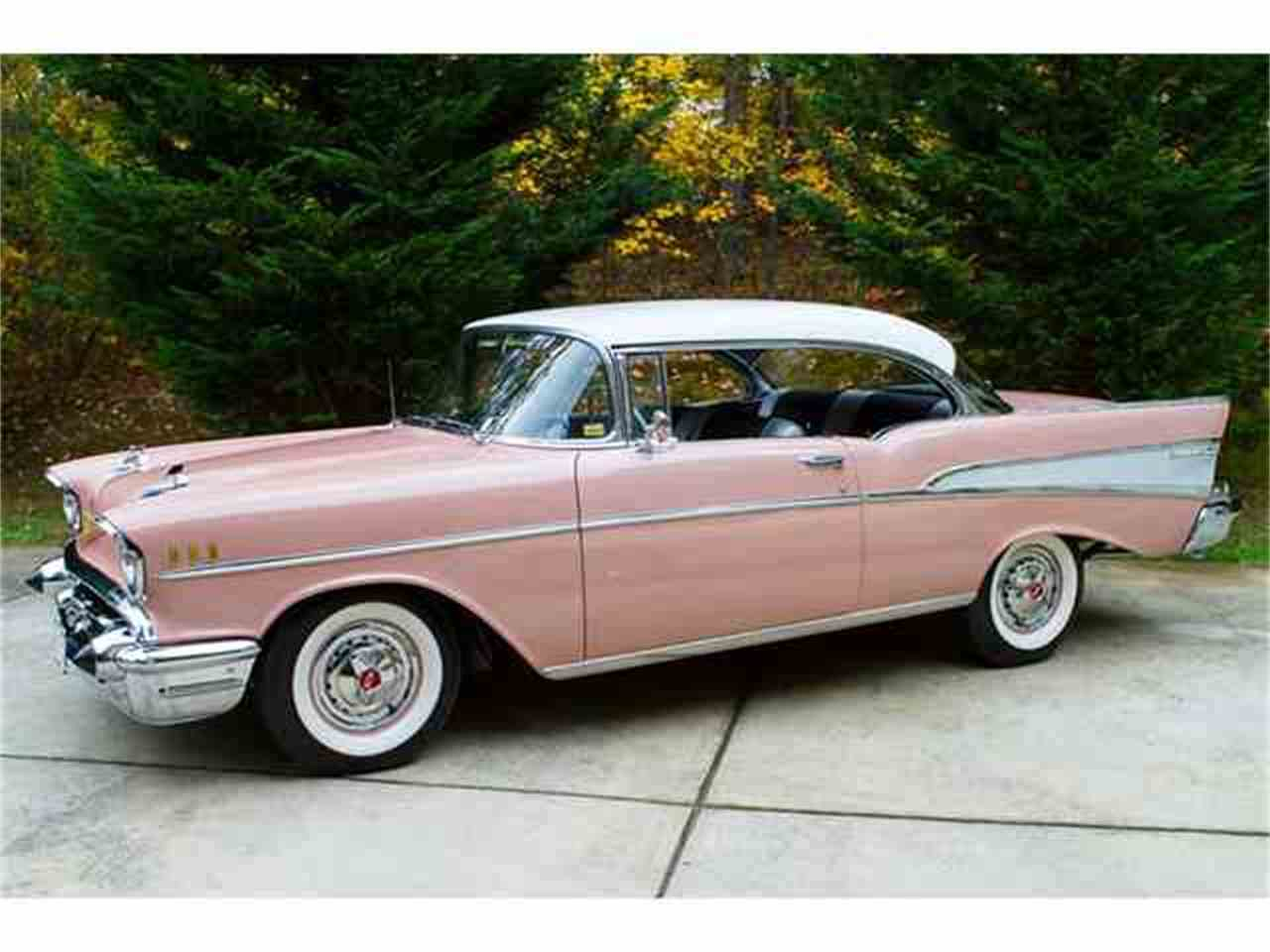 Large Picture of Classic 1957 Chevrolet Bel Air Auction Vehicle - M0BS