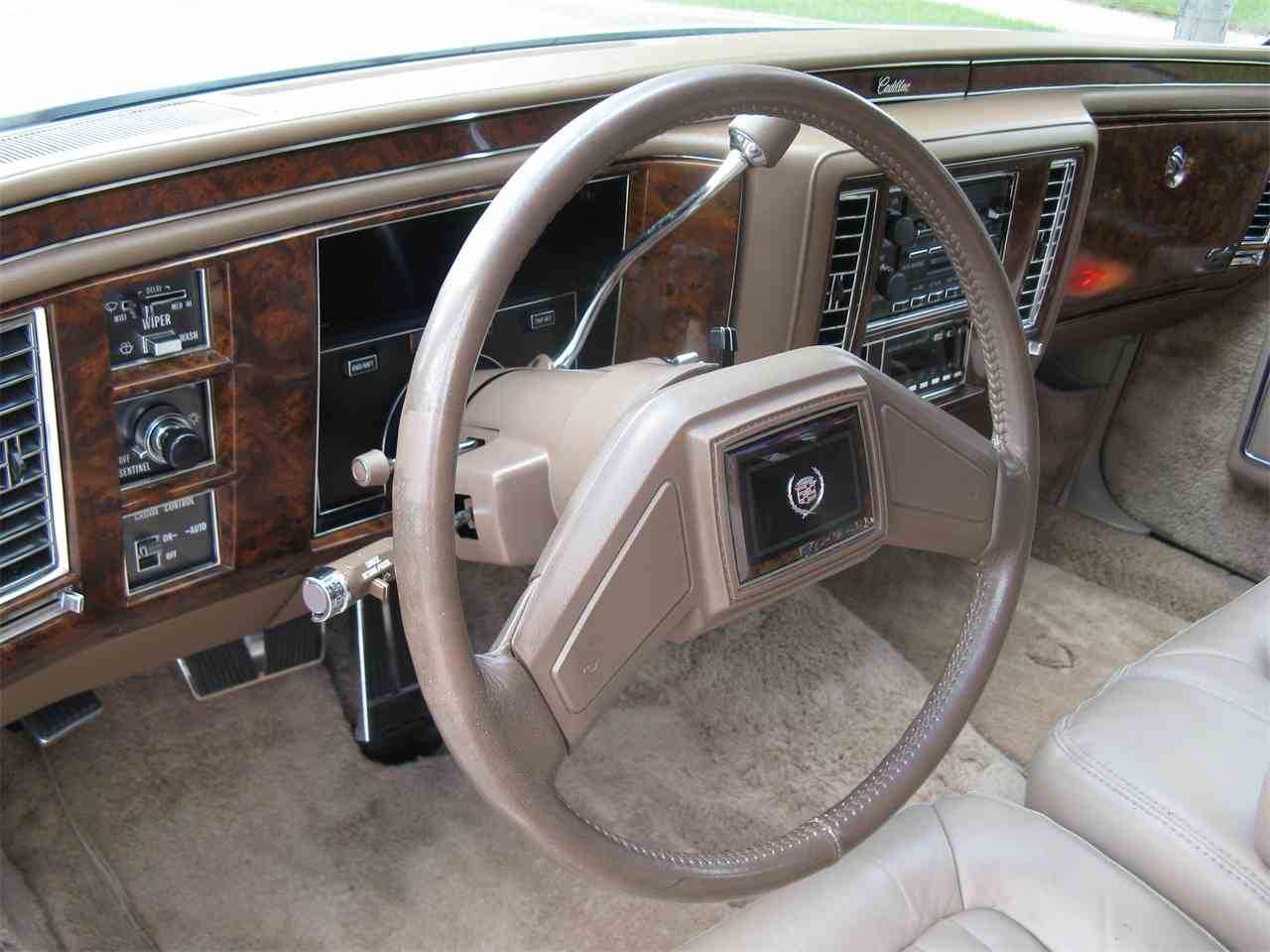 Large Picture of '91 Brougham - LVKL