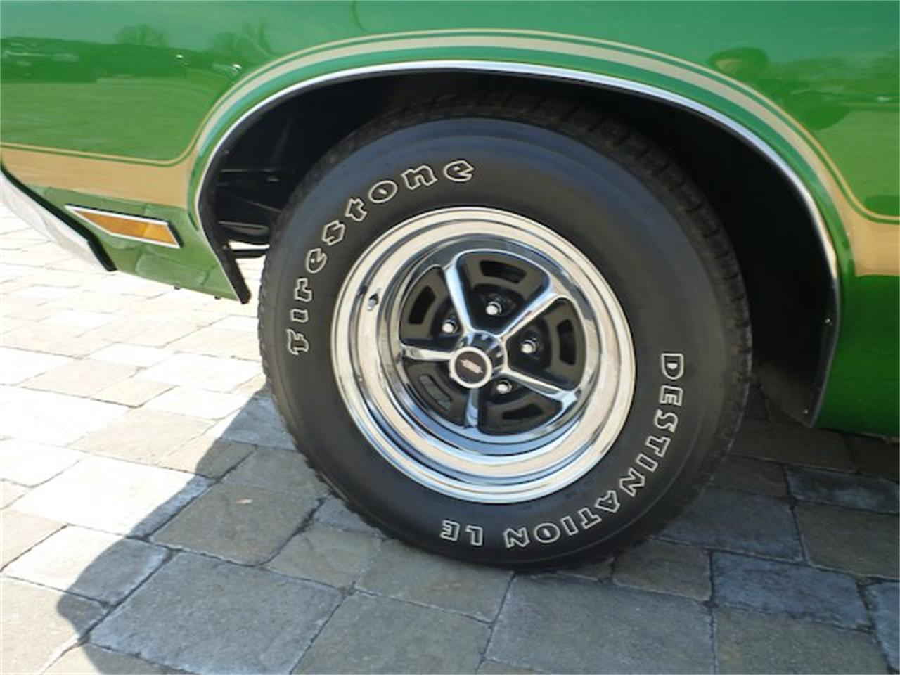 Large Picture of Classic '70 Cutlass 442 located in Ohio Offered by Wyler Collection - M0ML