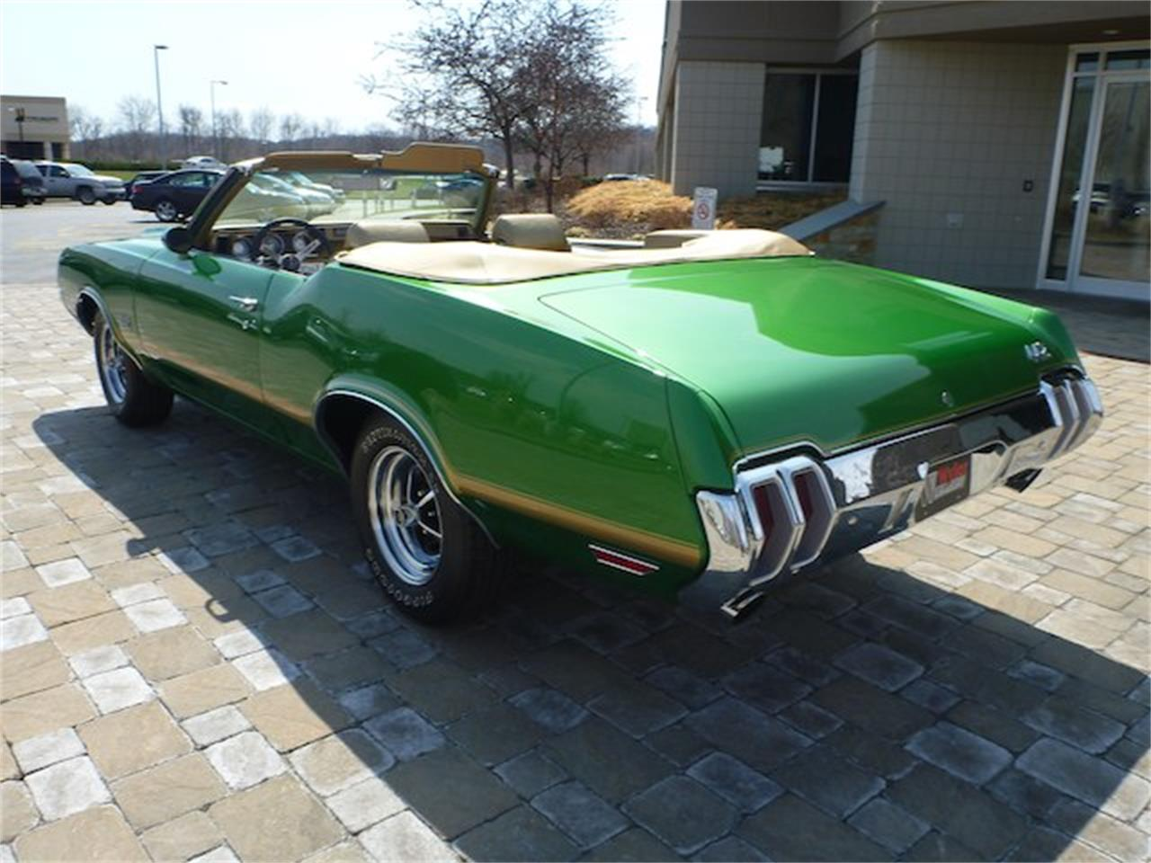 Large Picture of Classic 1970 Oldsmobile Cutlass 442 located in Milford Ohio Offered by Wyler Collection - M0ML