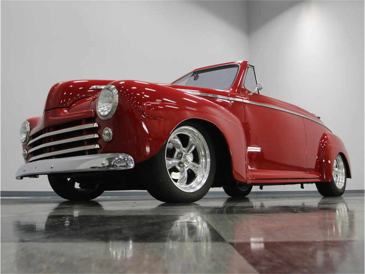 Large Picture of 1946 Ford Club Coupe - LVM3